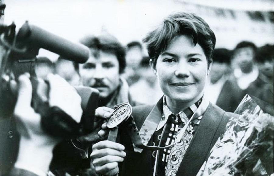 1994 2е (центральное) фото Лина Черязова