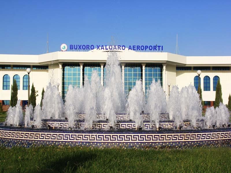 2011 3е фото Аэропорт Бухара