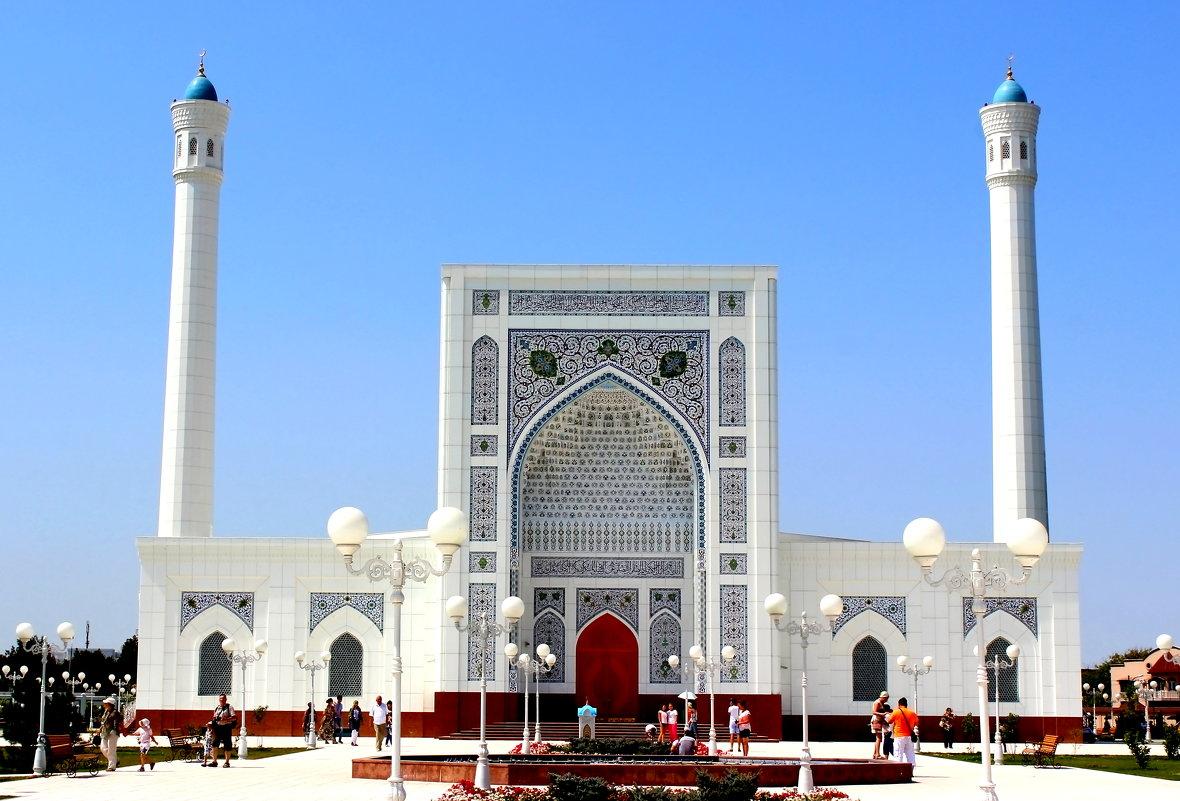 2014 й год новое фото мечети
